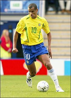 Brazilian left footed legend