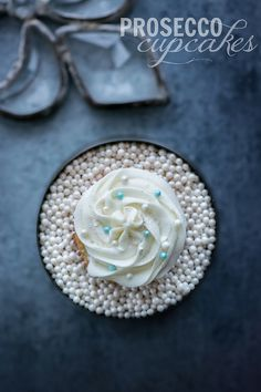 """Love these """"Prosecco Cupcakes"""" from @Kailley Kristin's Kitchen! #dessert #prosecco #newyears"""