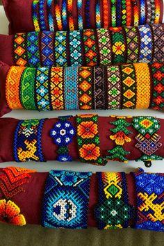 Loom beaded bracelets for all seasons Bead Loom Bracelets, Beaded Bracelet Patterns, Bead Loom Patterns, Friendship Bracelet Patterns, Beading Patterns, Beading Ideas, Friendship Bracelets, Seed Bead Jewelry, Bead Jewellery