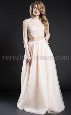 Платье Verezhik House Luxury Вечернее изысканное платье , модель выполнена из высококачественного материала.