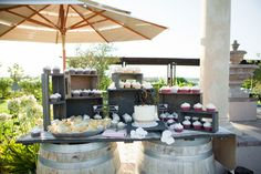 A California winery wedding with tasteful and elegant DIY details | Gretchen Wakeman Photography: gretchenwakeman.com