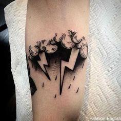 Tattoodo - Blitz Tattoo by Tony Torvis .- Tattoodo – Blitz Tattoo by Tony Torvis – Mini Tattoos, Black Tattoos, Body Art Tattoos, Tattoos For Guys, Tattoos For Women, Black Cloud Tattoo, Rain Cloud Tattoos, Black Work Tattoo, Retro Tattoos