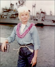 Move Over Darling - Doris Day....Reminds me of my mom.  I love the chambray and her hair.