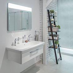 Ciekawe detale są bardzo ważne!  #SanitecKOŁO #KOŁO #łazienka #inspiracje #inspiracja #łazienki #interior #white #bathroom #minimal #interiordesign #inspiration