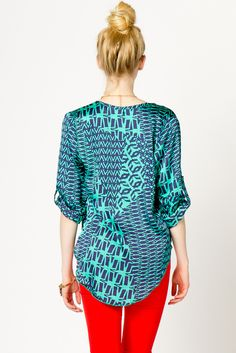 Ikat Popover top-- love the blue and red contrast