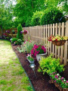 front garden 50 Stunning Spring Garden Ideas for Front Yard and Backyard Landscaping - Small Backyard Landscaping, Backyard Patio, Landscaping Along Fence, Fenced In Backyard Ideas, Mailbox Landscaping, Simple Landscaping Ideas, Backyard Landscape Design, Backyard Ideas On A Budget, Concrete Backyard