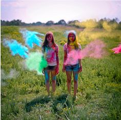 when is powdered paint ever NOT used for throwing? ;) @Kelsie @Eloise Ravell ... Happening this summer!!