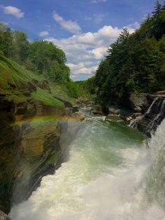Letchworth State Park NY [OC] [2448 x 3264] larrypotter22 http://ift.tt/2rQQ2UV May 24 2017 at 11:46AMon reddit.com/r/ EarthPorn