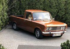Fiat 126, Old Cars, Cars And Motorcycles, Classic Cars, Llamas, Vehicles, Universe, Cars, Pickup Trucks
