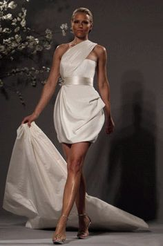 109 best Short (above knee) wedding dresses images on Pinterest ...
