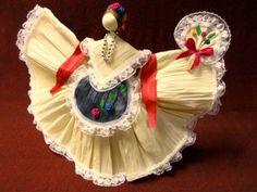 Corn husk doll from Veracruz
