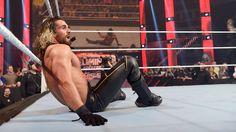 Raw 5/25/15: Roman Reigns & Dean Ambrose vs Seth Rollins & Kane