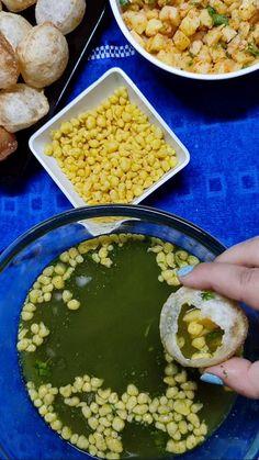 Lassi Recipes, Chutney Recipes, Vegetarian Fast Food, Chocolate Dishes, Chaat Recipe, Indian Dessert Recipes, Fun Baking Recipes, Easy Snacks, Diy Food