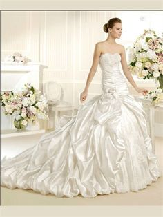 White Ball Gown Strapless Lace Wedding Dress