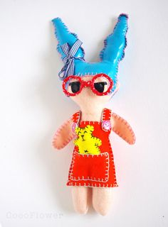 ✿★ Kawaii ✝☯★☮ Art toys par CocoFlower - http://www.etsy.com/shop/cocodollz  http://cocoflower.alittlemarket.com/http://fr.dawanda.com/shop/CocoFlower