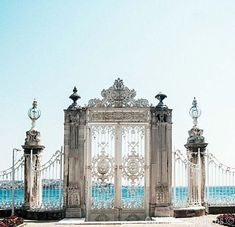 Dolmabahce Palace, Istanbul, Turkey – Begüm – Join the world of pin Places Around The World, Oh The Places You'll Go, Places To Travel, Places To Visit, Around The Worlds, Palais De Dolmabahçe, Beautiful World, Beautiful Places, Simply Beautiful