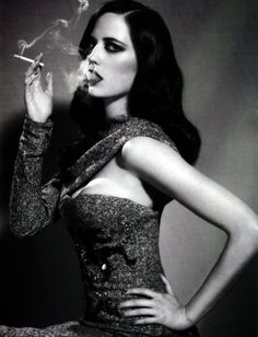 Eva Green by Ellen von Unwerth Ellen Von Unwerth, Eva Green, Green Girl, Women Smoking, Girl Smoking, Glamour, Style Vert, Lady, Green Photo