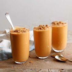 It's pumpkin pie in a glass! Packed with cinnamony pumpkin pie flavor—and health-boosting beta-carotene—this creamy smoothie gets piecrust-like crunch from crushed graham crackers. - Visit PaneraBread.com for more inspiration.