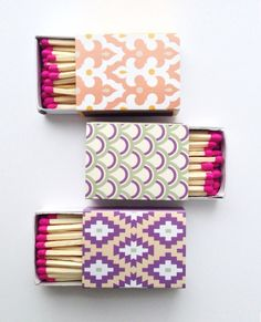 Nifty idea for adding an extra splash if pattern to everyday objects - Just a touch of pink. E Design, Pattern Design, Graphic Design, Textures Patterns, Print Patterns, Pretty Packaging, Oui Oui, Everyday Objects, Decoration