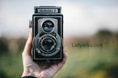 Lady Selva: Persiguiendo sueños | Y un SORTEO.  Lady Selva.  Estoy de estreno! Descubre mi nueva web http://ladyselva.com/ y participa en el Sorteo.    Lady Selva Fotografía. Fotógrafa de bodas en Asturias. Vintage camera. Camera. Bokeh.