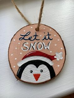 Painted Christmas Ornaments, Christmas Ornament Crafts, Hand Painted Ornaments, Christmas Art, Handmade Christmas, Holiday Crafts, Penguin Ornaments, Wooden Ornaments, Christmas Decorations