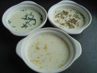 Prepara 3 salsas para untar con queso azul
