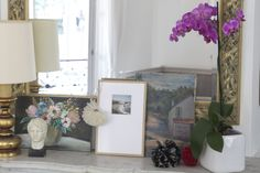 DIY picture frame! So cool! (and looks pretty easy--especially if you have a dad who is a pro at matting frames and stuff, like I do)