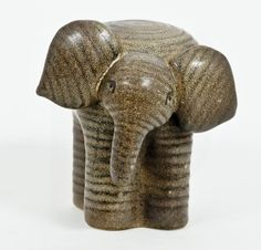 Elefant - Elephant by Keramikstudion Gustavsberg Ceramic Animals, Ceramic Art, Animal Sculptures, Sculpture Art, Pinch Pots, Cool Diy, Spirit Animal, Elephants, Woodworking Projects
