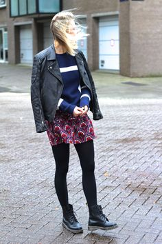Skirt affair, printed skirt and navy blue knit + Dr Martens