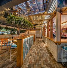 Betty's Burgers (Noosa, Australia), Australia & Pacific Restaurant | Restaurant & Bar Design Awards
