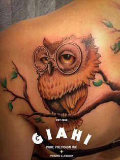 That tattoo, great example of framing body part well.  Notice the branches and how they fan across the shoulder.