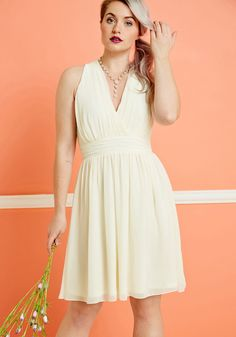 Set in Your Sways A-Line Dress in Ivory. In this dreamy ivory reception dress, youll exult every moment spent glamorously gliding about. #white #prom #bride #wedding #modcloth