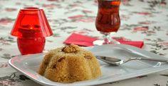 Sütlü İrmik Helvası Wine Recipes, Cooking Recipes, Turkish Recipes, Tea Time, Food And Drink, Pudding, Yummy Food, Plates, Cake