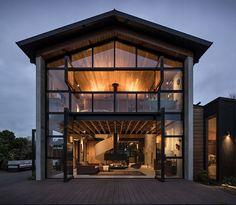 Award winning Waiheke Island based architecture practice.