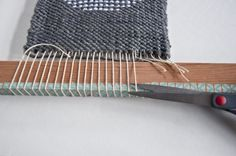 Finish a Weave3   The Weaving Loom