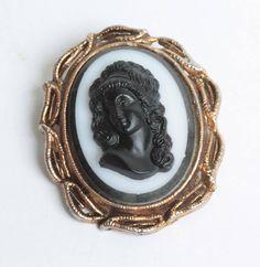 Black Glass High Relief Cameo Molded Glass Gold Tone Frame Vintage #vintage #cameo #black #white #brooch #gotvintage