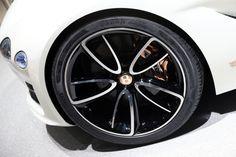 Bentley EXP 12 Speed concept live photos: 2017 Geneva Motor Show My Dream Car, Dream Cars, Bentley Motors, Geneva Motor Show, 2017 Photos, Bring It On, Concept, Luxury, Live Photos