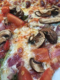 Veggie pizza, Dunhams bay resort, may 2016.