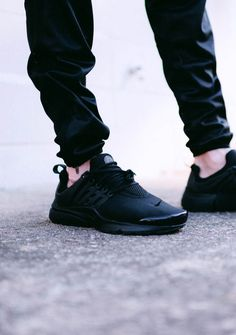 hot sale online d27ef 8dbf8 NIKE Air Presto Triple Black