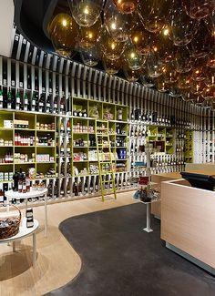 Showrooms. Wein & Wahrheit. Designer: Ippolito Fleitz Group.