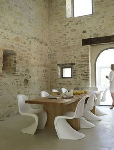 dining table and chairs - awesome.