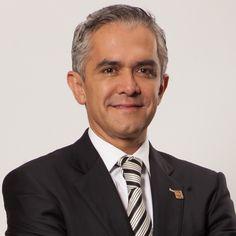 Miguel Ángel Mancera es el jefe de Gobierno de la Ciudad de México, abogado y doctor en derecho por la Universidad Nacional Autónoma de México. Visitar: https://miguelangelmanceraespinosa.mx/
