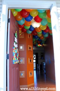 Elmo / Sesame Street Birthday Party- love all the balloons on the ceiling!