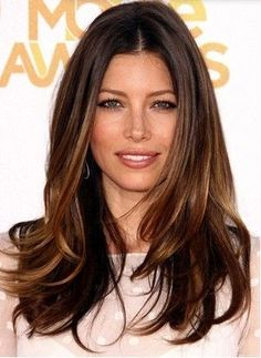 Jessica Biel hair – honey brown, long with layers and subtle higlighting to frame and brighten her face