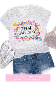 Spread happy vibes with our soft and comfy t-shirt!  #summerbohooutfit #summeroutfit #summeroutfitswithsneakers #hippietop #hippietees Hippie T Shirts, Hippie Tops, Boho Tops, Hippie Style, Boho Summer Outfits, Hippie Outfits, Hippie Fashion, Cute Shirts, Women Empowerment