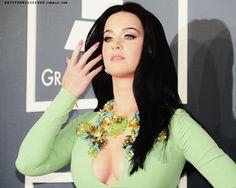 55th Grammy Awards Red Carpet - 02/10/13