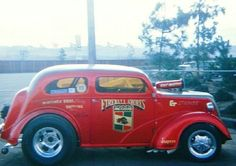 Fireball Shores Anglia - this is the Shores-Hess/Skipper's Critter car which was chopped just before sale to the Pittman Brothers.  It was then run as BB/GS until it was destroyed in an accident at the 1970 Winternationals.  gfx*