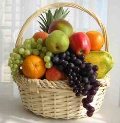 "The ""Fresh 15"" is a box of fresh fruits served in each box. It contains 15 servings of varied fruit choices for you to relish along with every meal, Monday through Friday. Go ahead and splurge the weekends.Visit http://www.hi5produce.com/fresh15.html to know more about this fruit basket option."