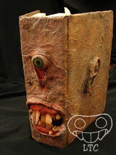 Monster Book (Detail) / Libro Monstruoso (Detalle)  OOAK Handmade horror creature polymer clay sculpey