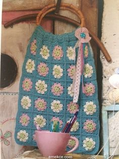 Tığ İşi Battaniye Modelleri Your Child, Straw Bag, Bag Accessories, Blanket, Children, Crochet, Bags, Check, Amigurumi